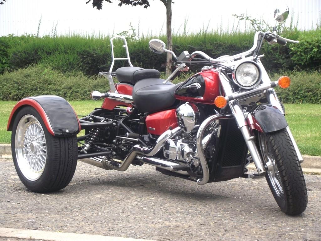 Casarva Shadow VT750 CA-6 trike