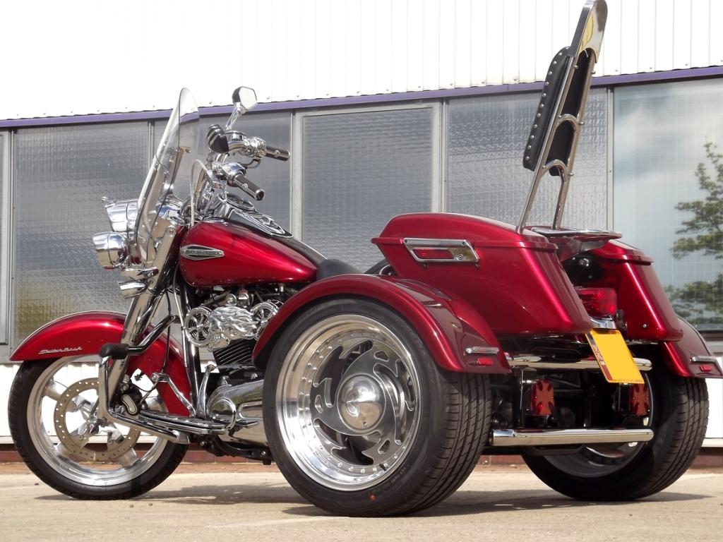 Casarva Harley Davidson Switchback Trike